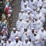 Qasre Aali Sahebo in the wedding procession